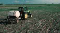 Fertilizer_applied_to_corn_field copy